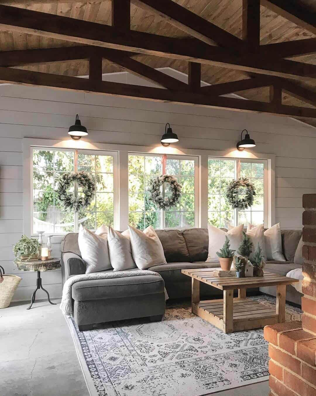 reclaimed wood farmhouse