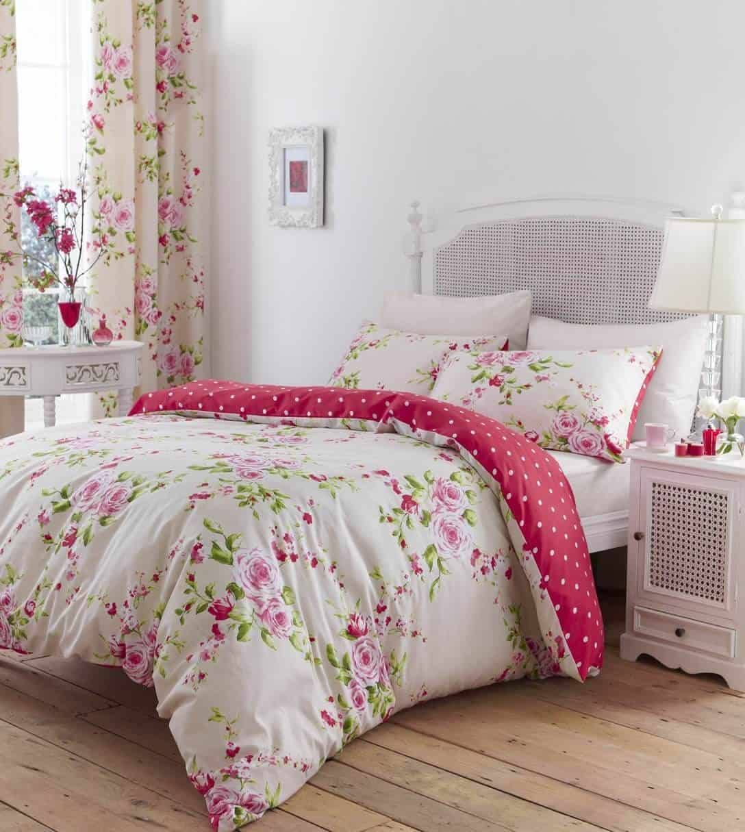 shabby chic with polka dots Beautiful Shabby Chic Bedroom Ideas To Take In Consideration