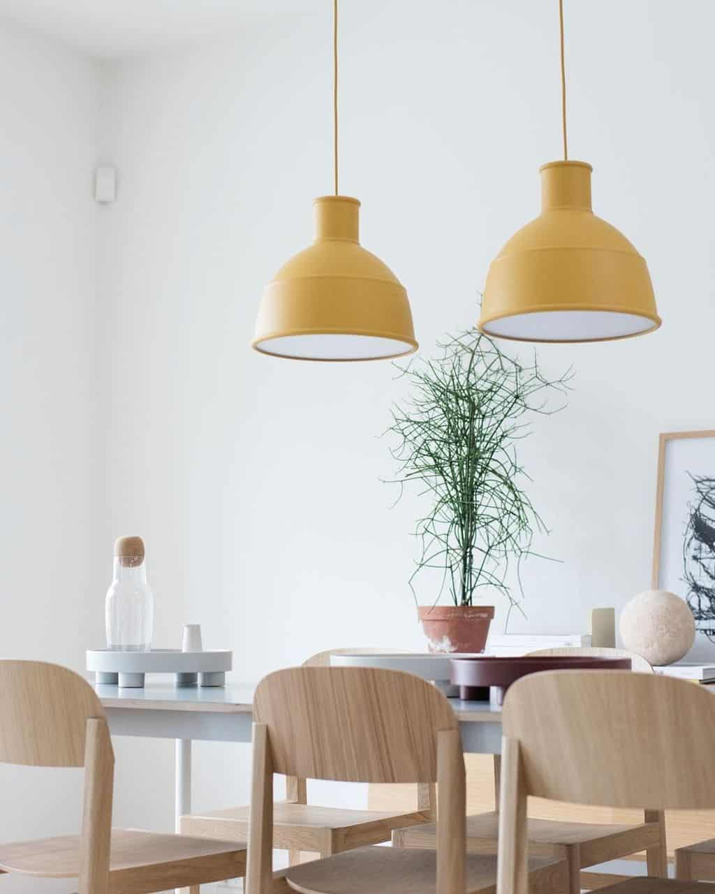 summer minimal dining rooom