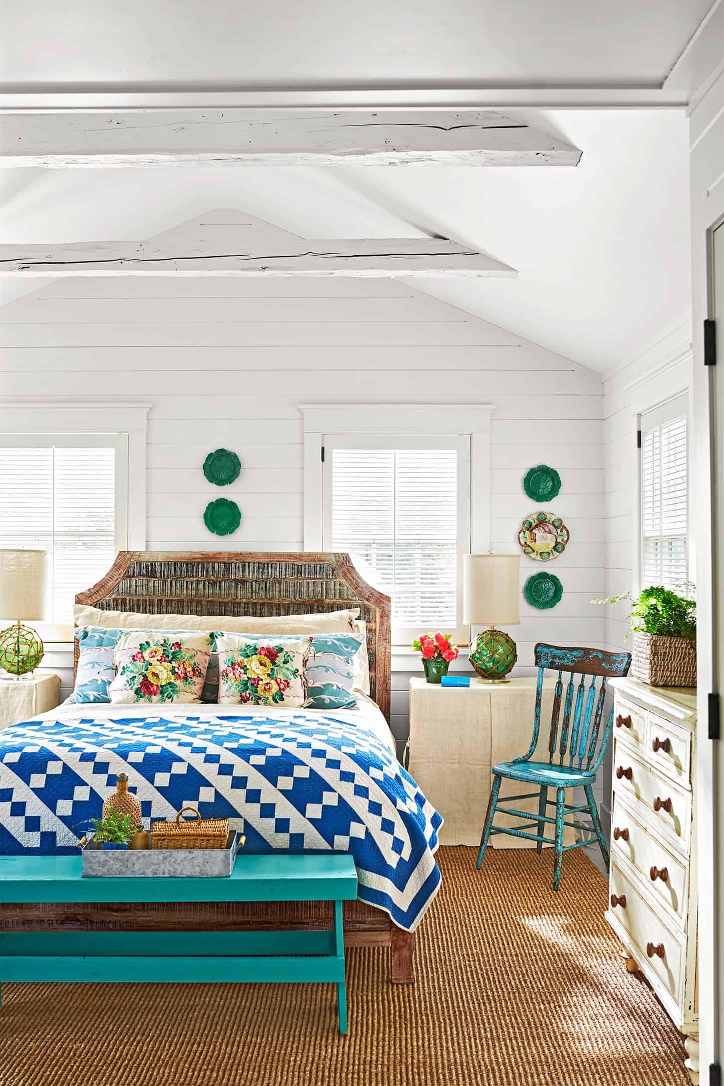 classic guest bedroom