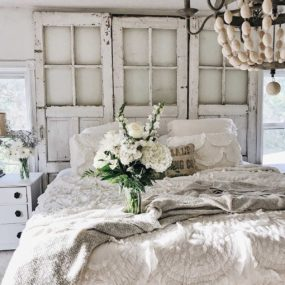 Refreshing French Country Bedroom Ideas