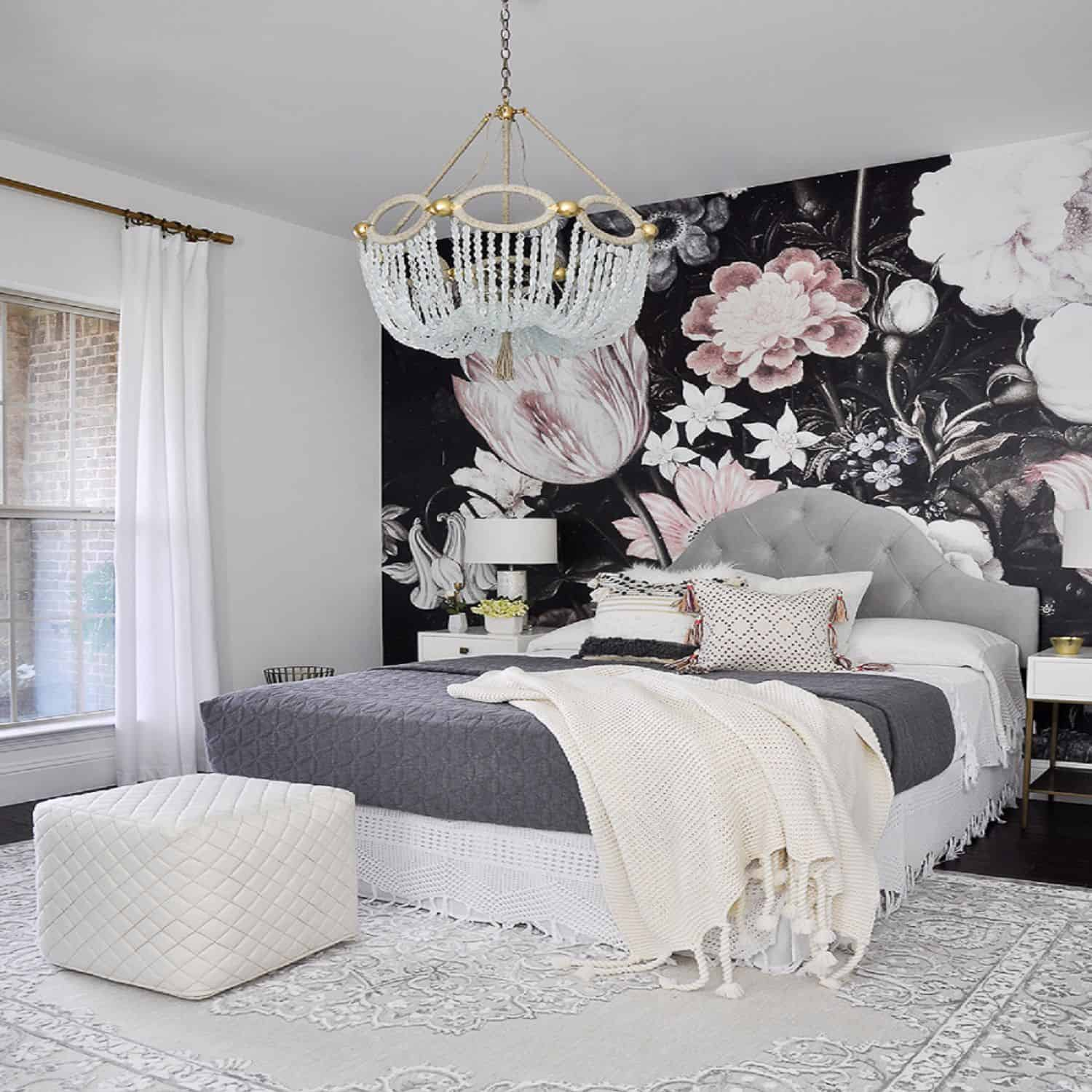 small room with small wallpaper