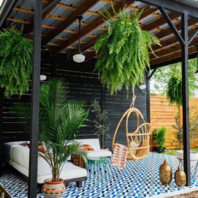 Chic Luxurious Patio Ideas perfect for a hot summer
