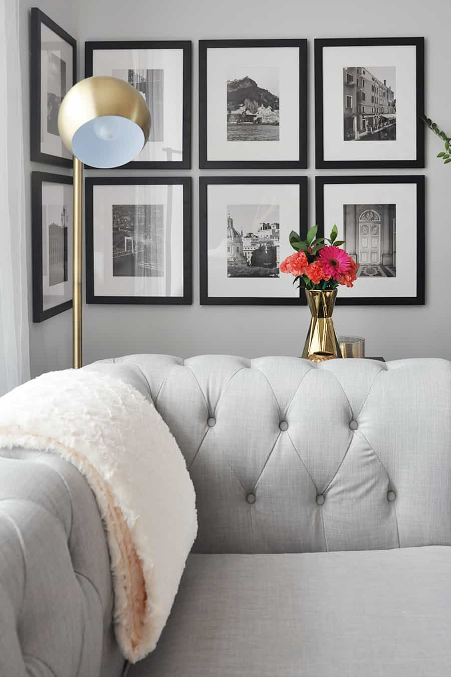 gallery wall in living toom