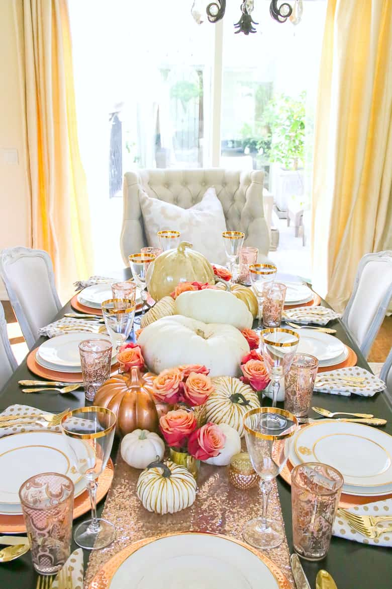 pink and orange Stunning Fall Dining Room Centerpiece Ideas