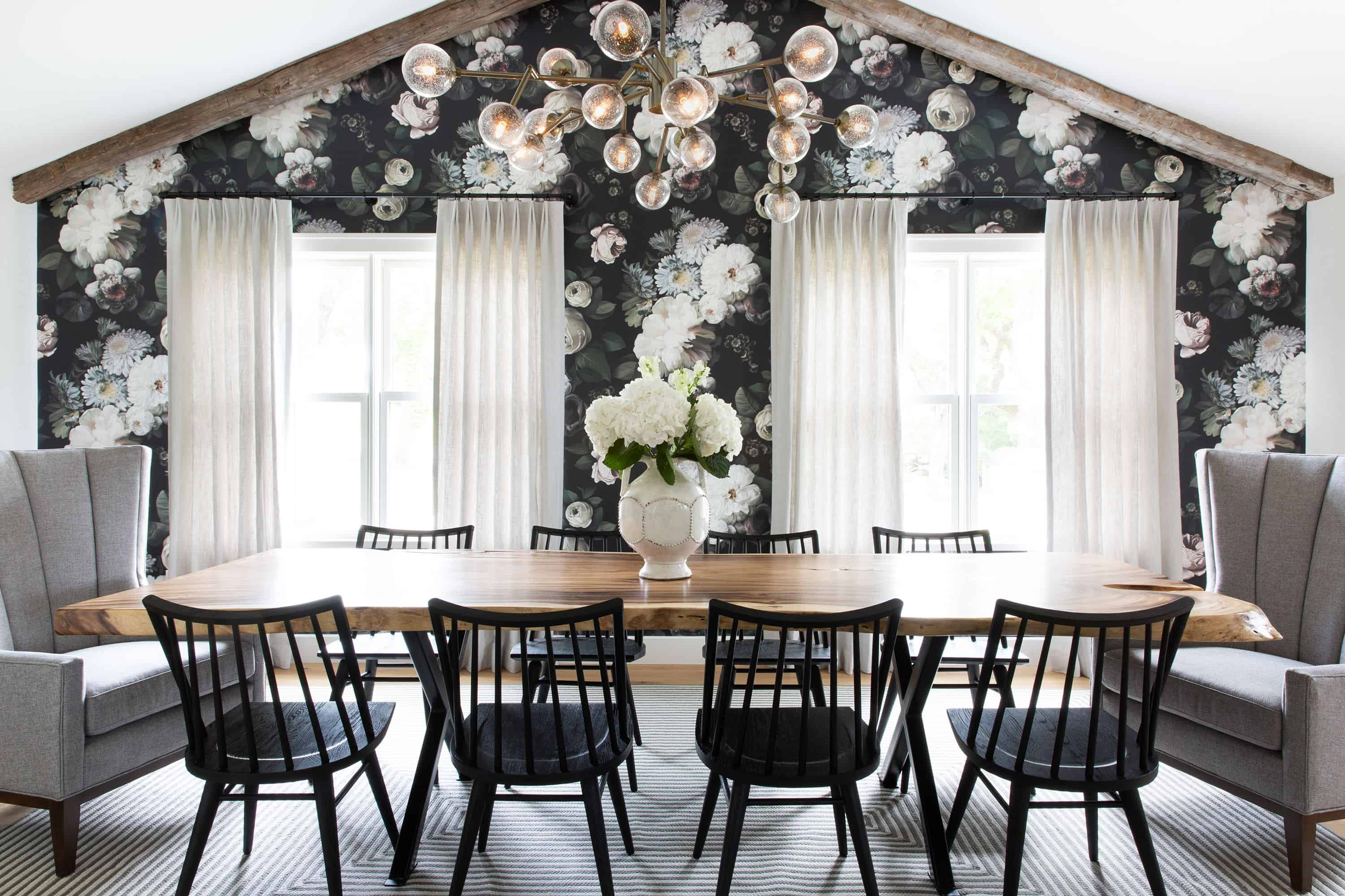 Eye Catching Dining Rooms With Floral Wallpaper
