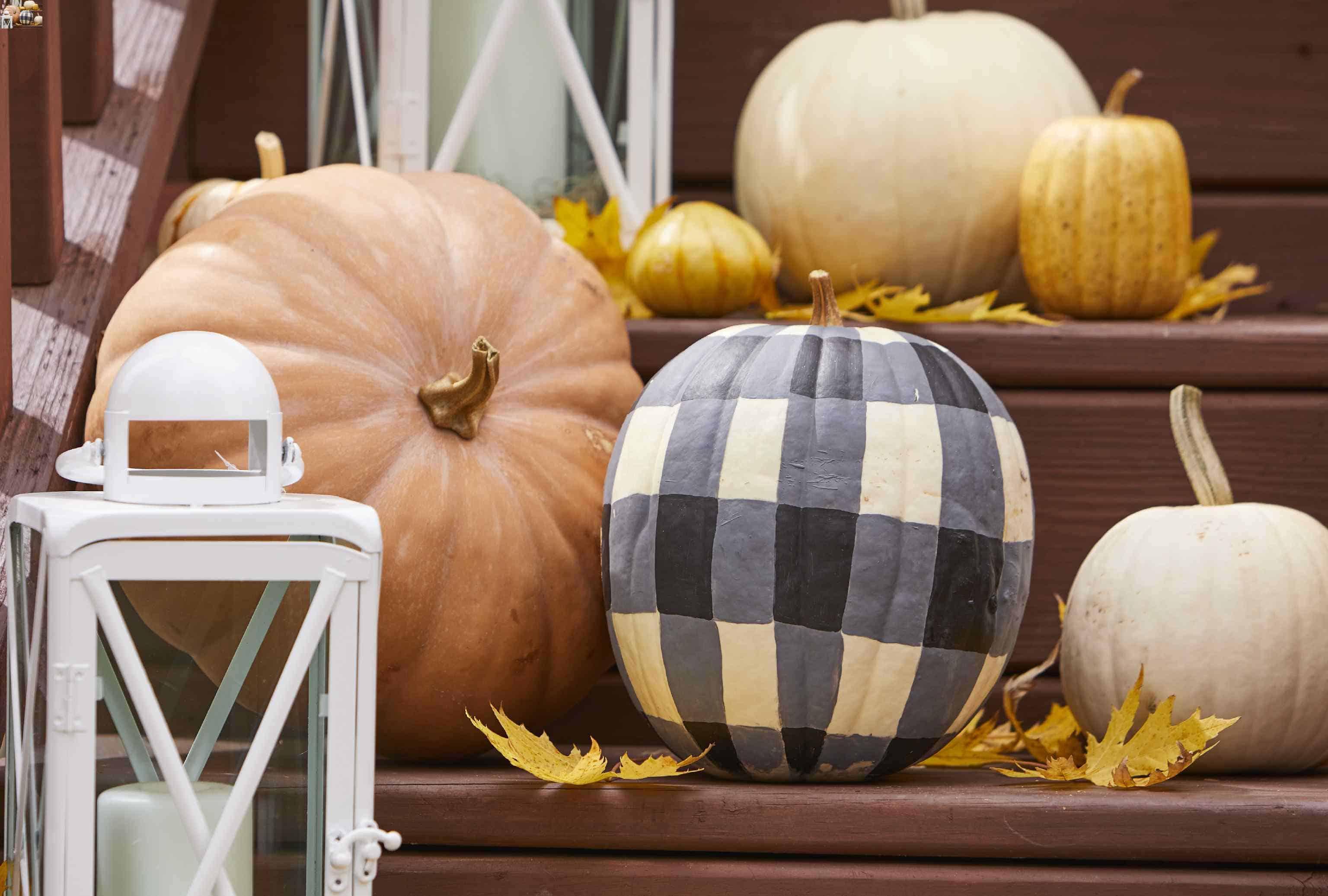 cluster pumpkins