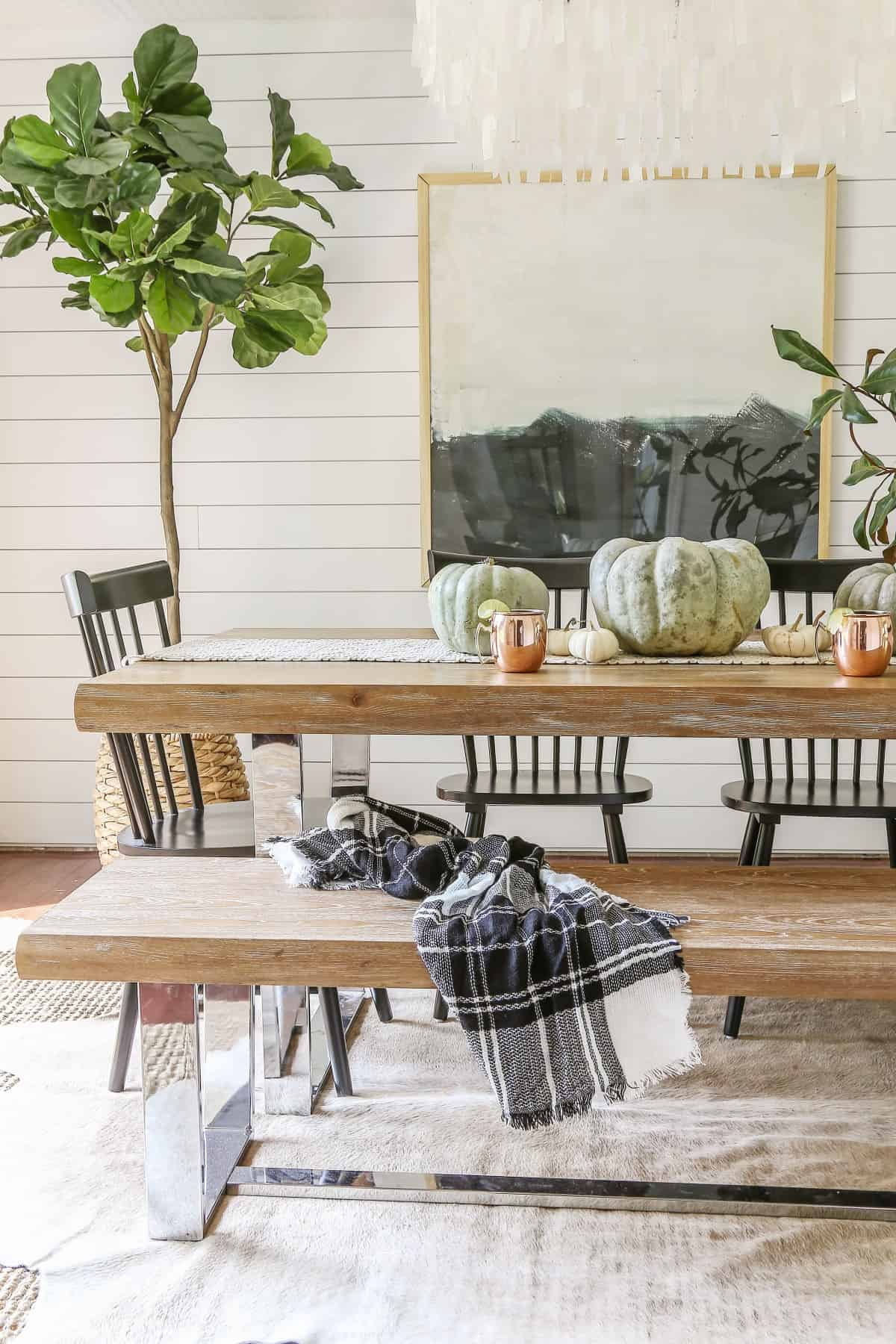 fall dining with centerpiece Time To Turn Your Home Into A Sweet Fall Escape