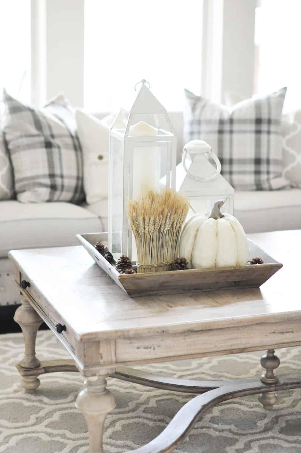 fall libinh room