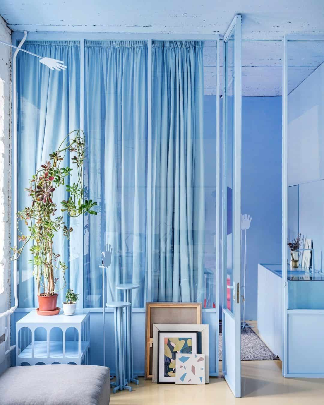 periwinkle room 10 Rooms That Make A Statement With A Monochromatic Display