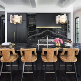 Bringing the Charm to black Kitchens