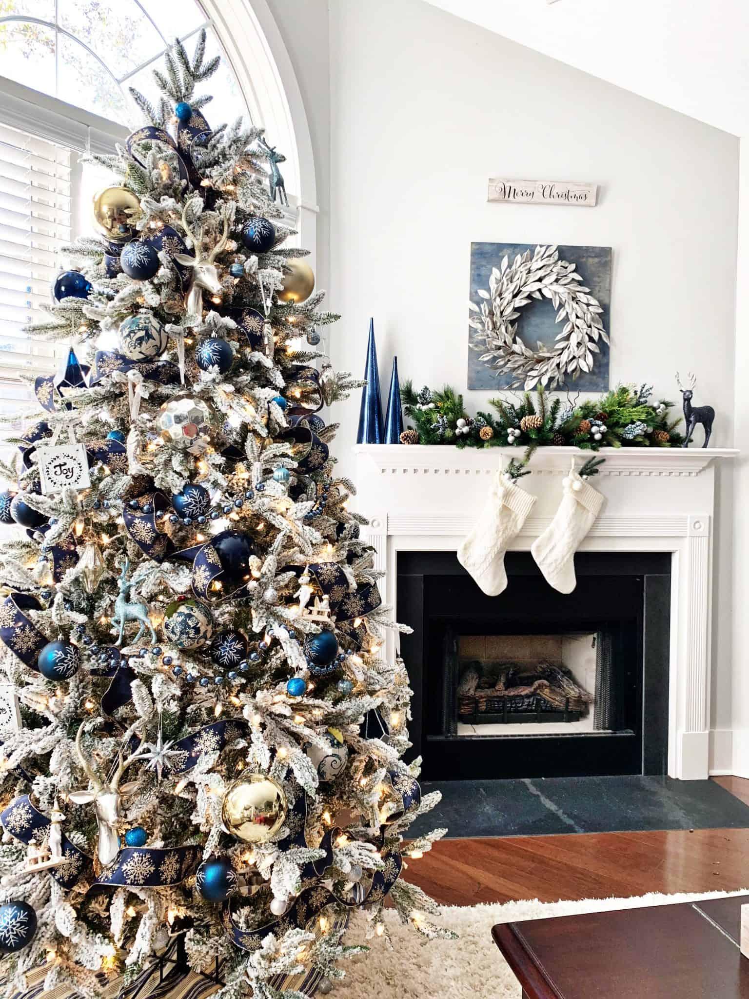 smokey silver tree Outstanding silver Christmas tree ideas
