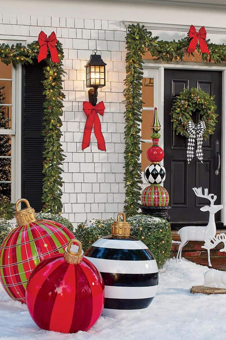 delightful outdoor christmas decorating ideas delightful outdoor christmas decorating