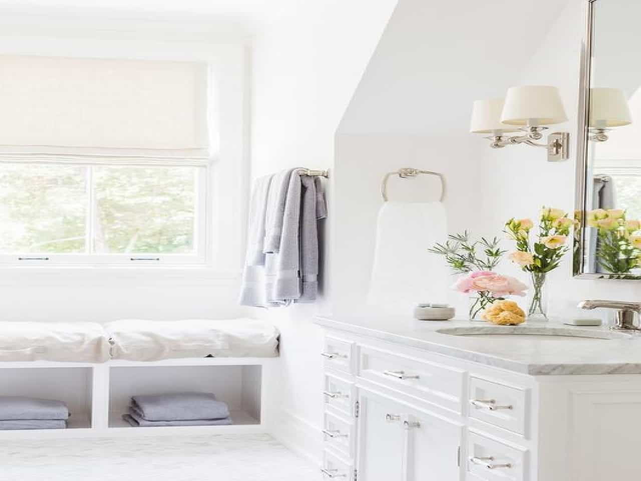 Bathroom Bench And Stool Ideas To Enhance Tranquility In That Room