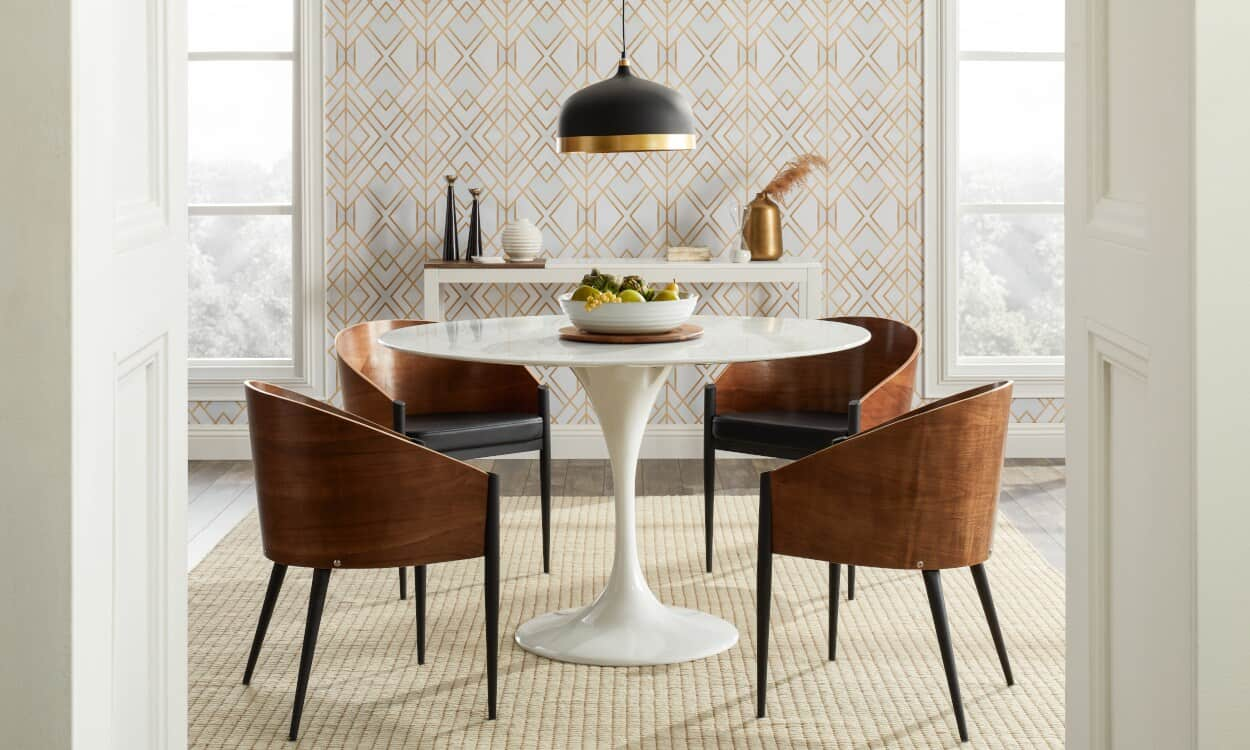 soft wallpaper dining room