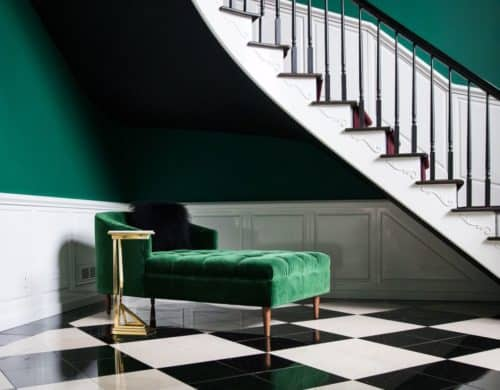 What's a foyer? And How exactly you should decorate it