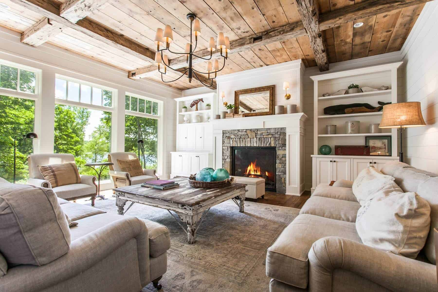 living room beams Farmhouse décor that is charming and Modern