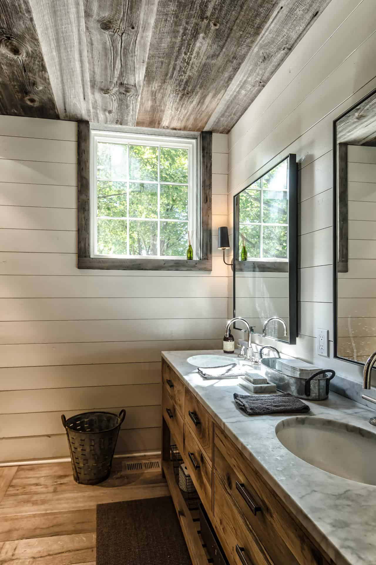 reclaimed wood in bathroom