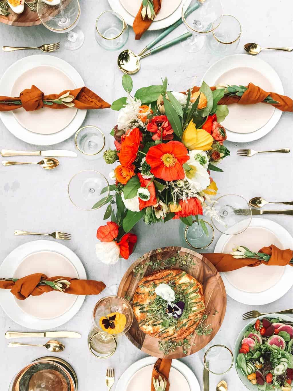 spring shades with orange Breathtaking Spring Dining Table Centerpieces