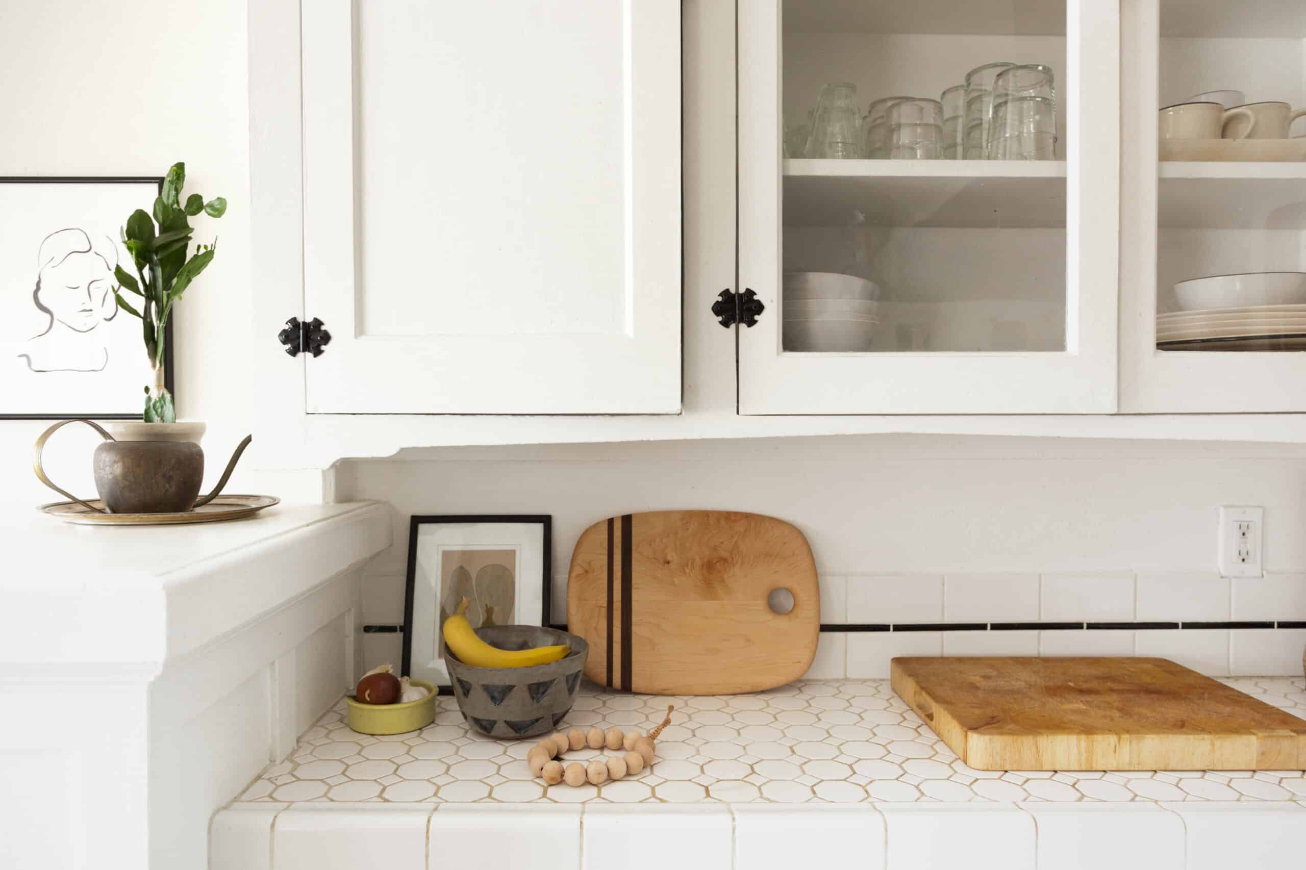 Alluring Apartment Kitchens That Instantly Take Your Breath Away