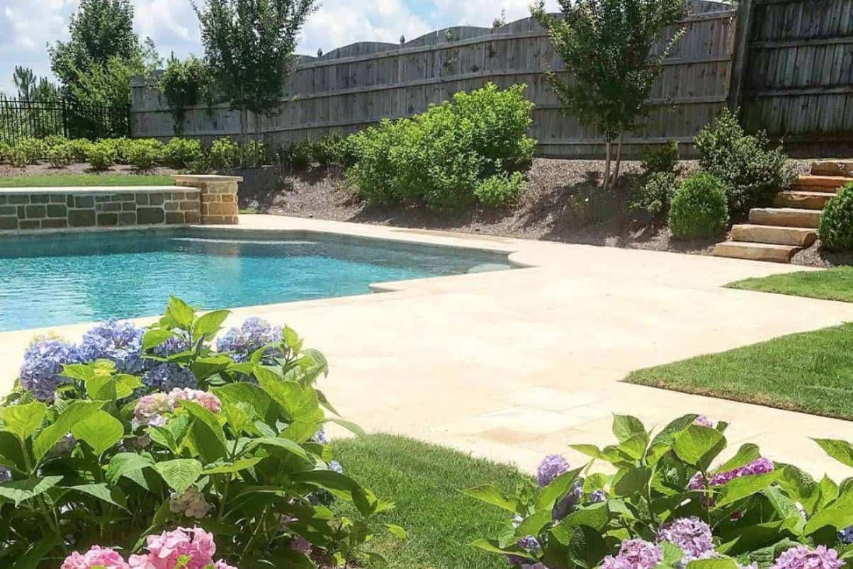 focus on the view.jpg 1 Eccentric Modern Garden Inspiration   10 Beautiful Ideas