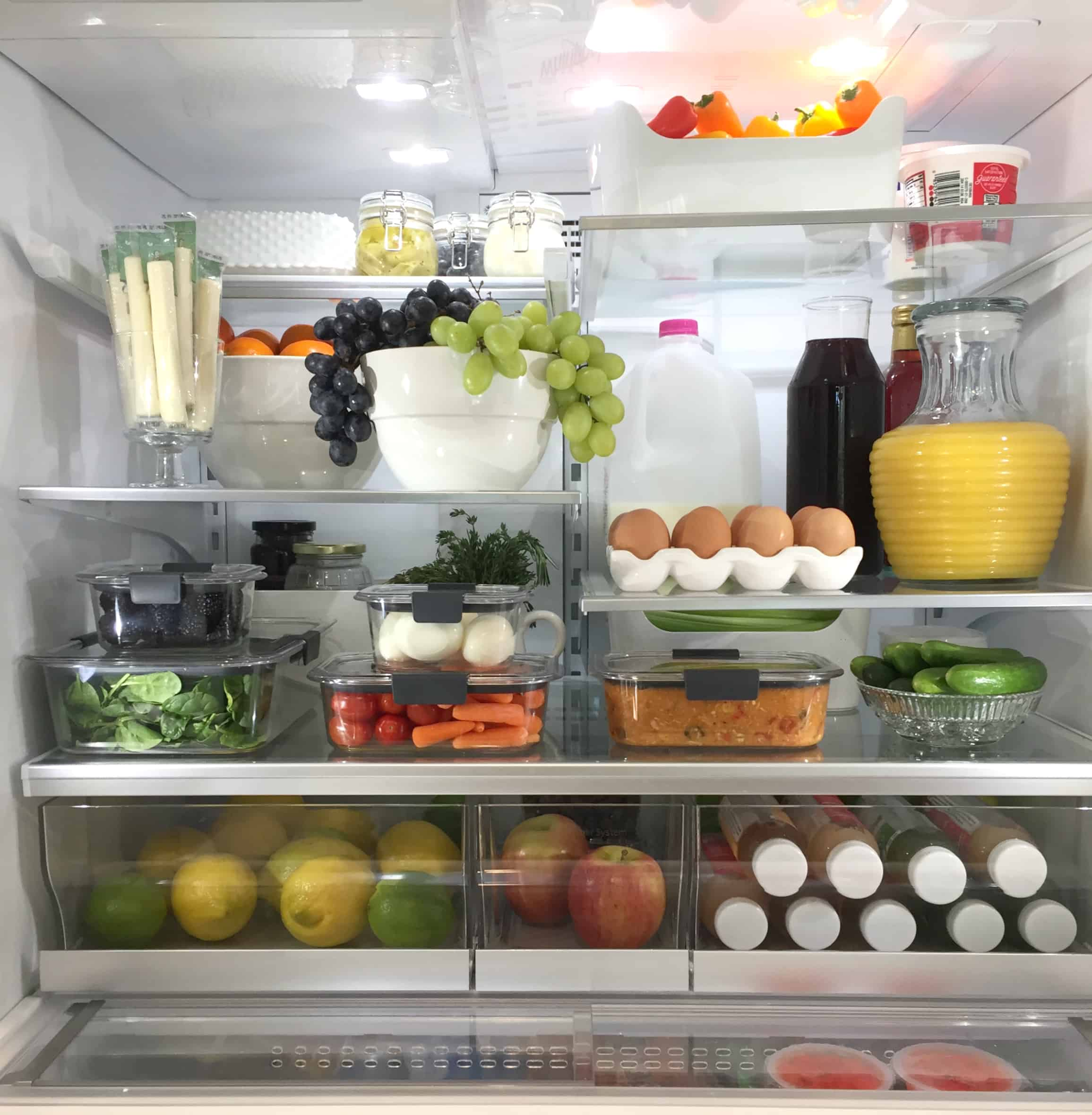 cleaned fridge Foolproof tips to organize your Refrigerator
