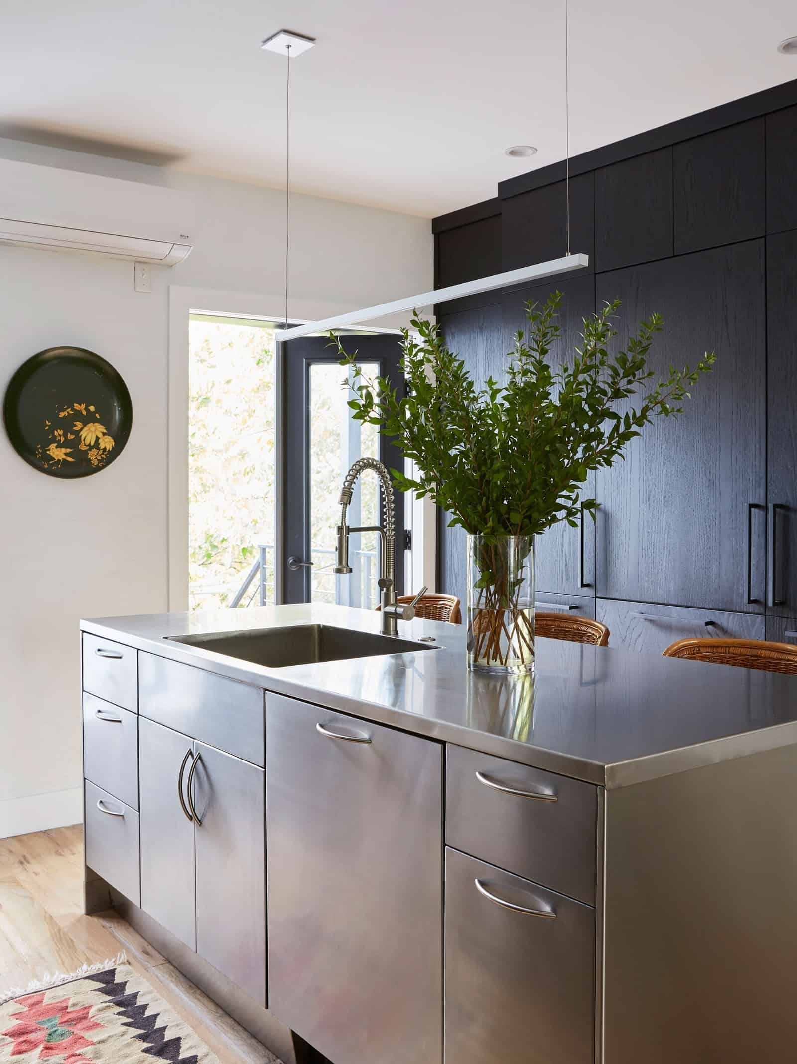 kitchen with island Small kitchens to steal creativity from