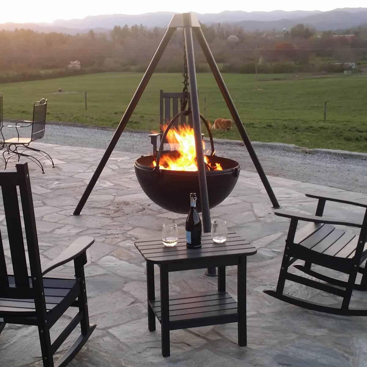cast iron fire pit