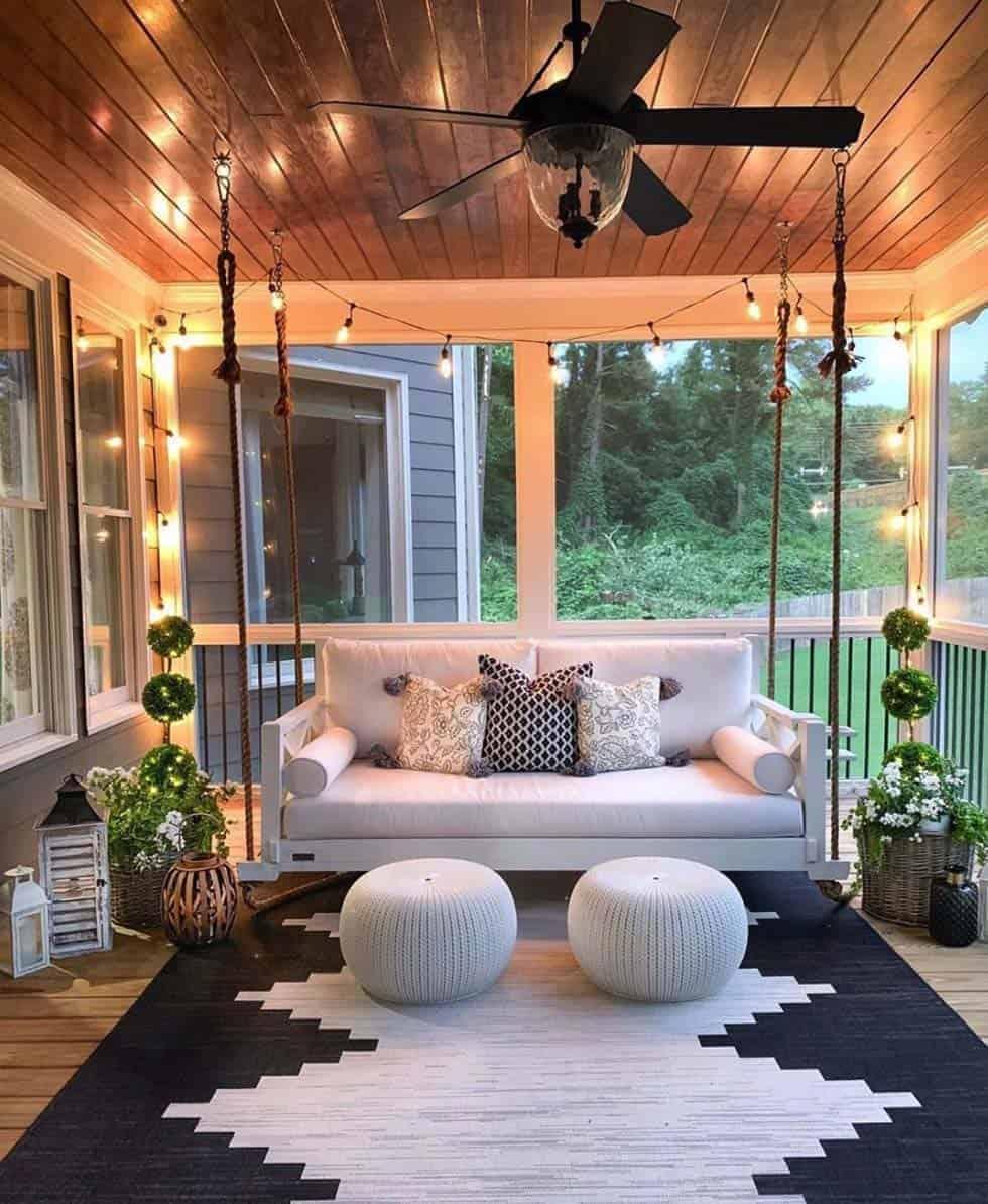 loungue patio