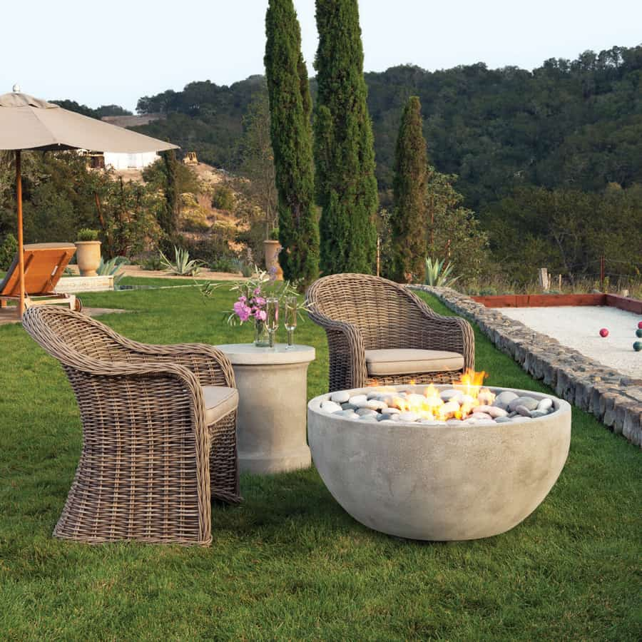 multifunctional fire puts Fire pit ideas for a fun, chill summer