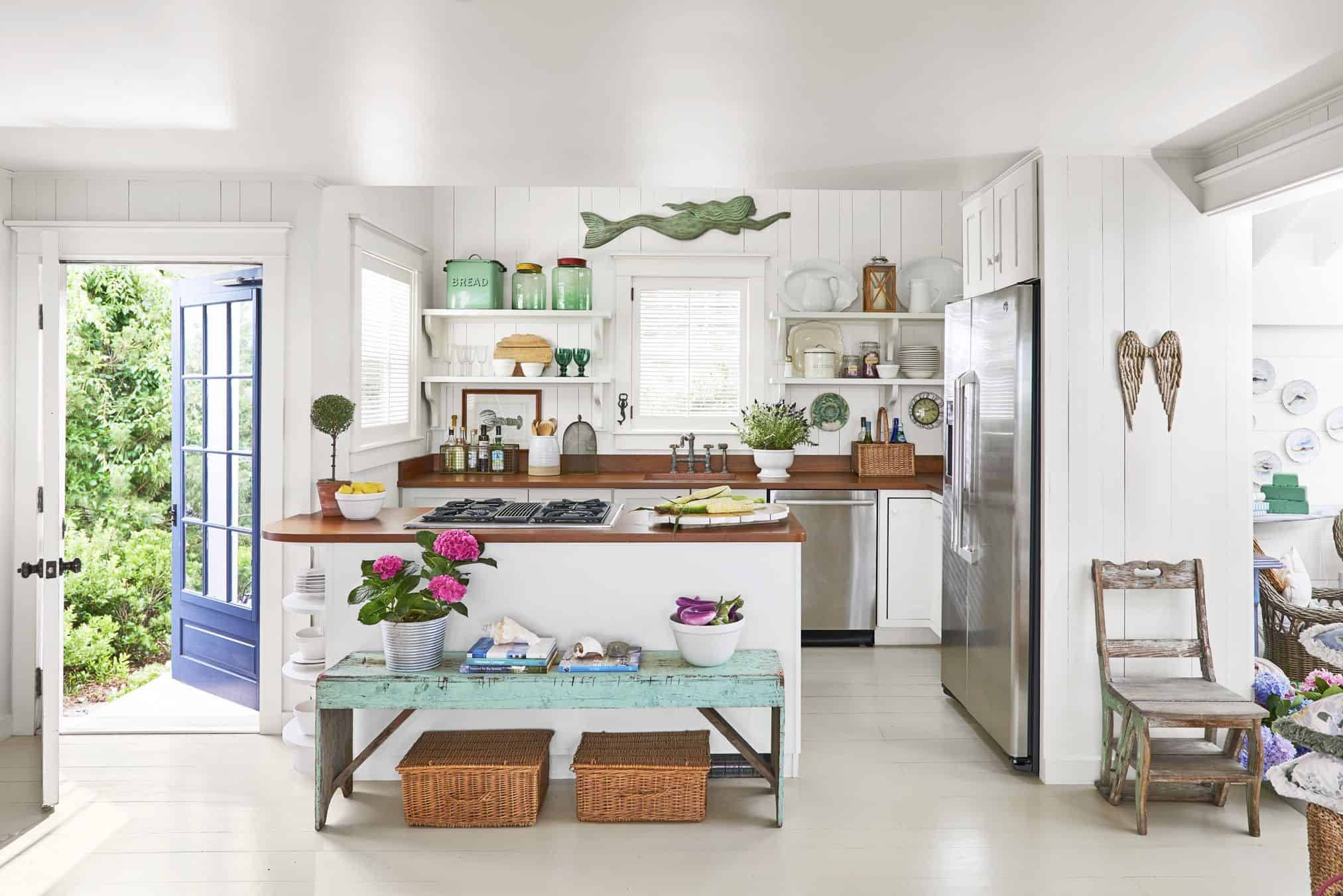 retro kitchen Beach House Decorating Ideas for 2020