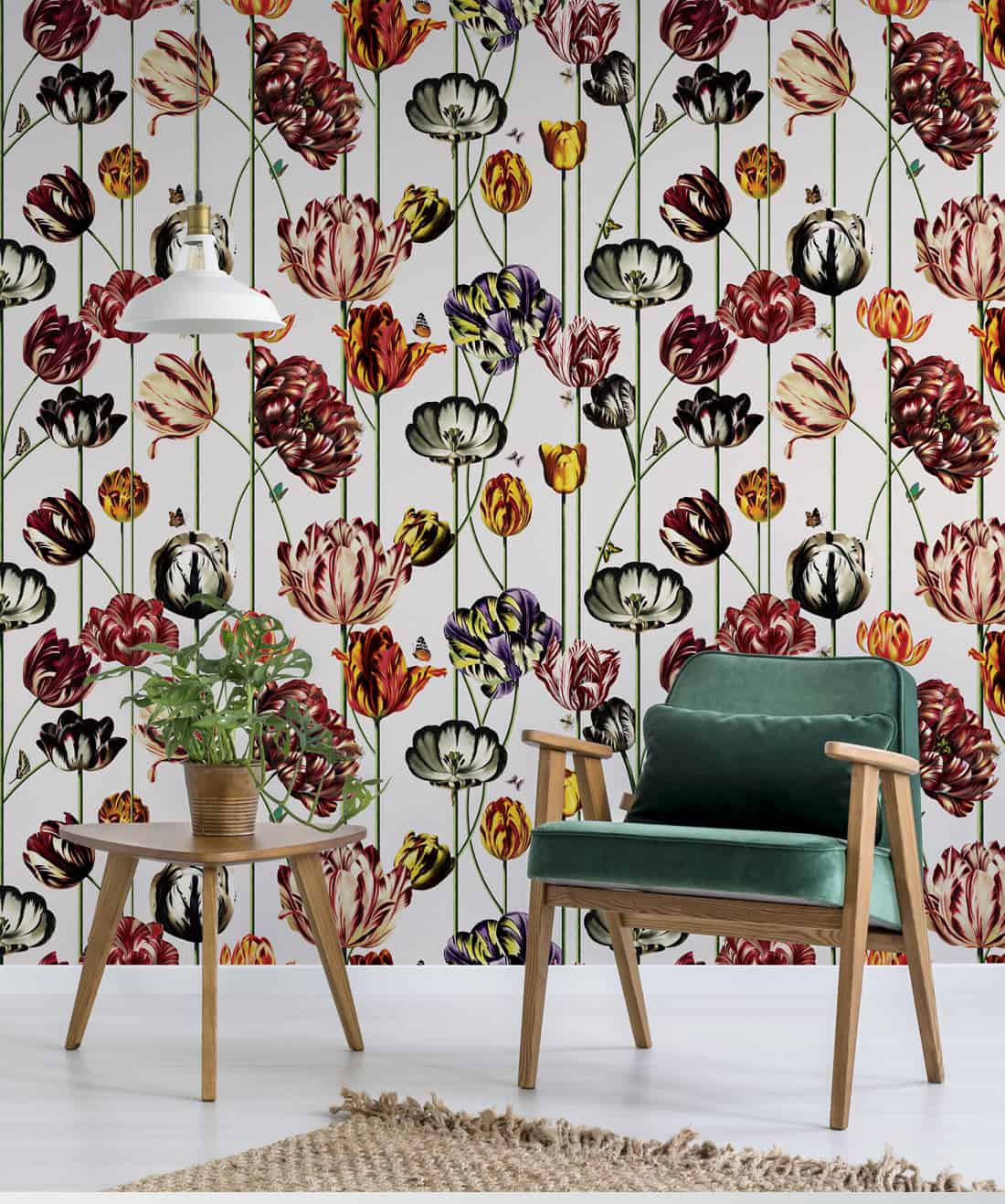 bold wallpaper dining room