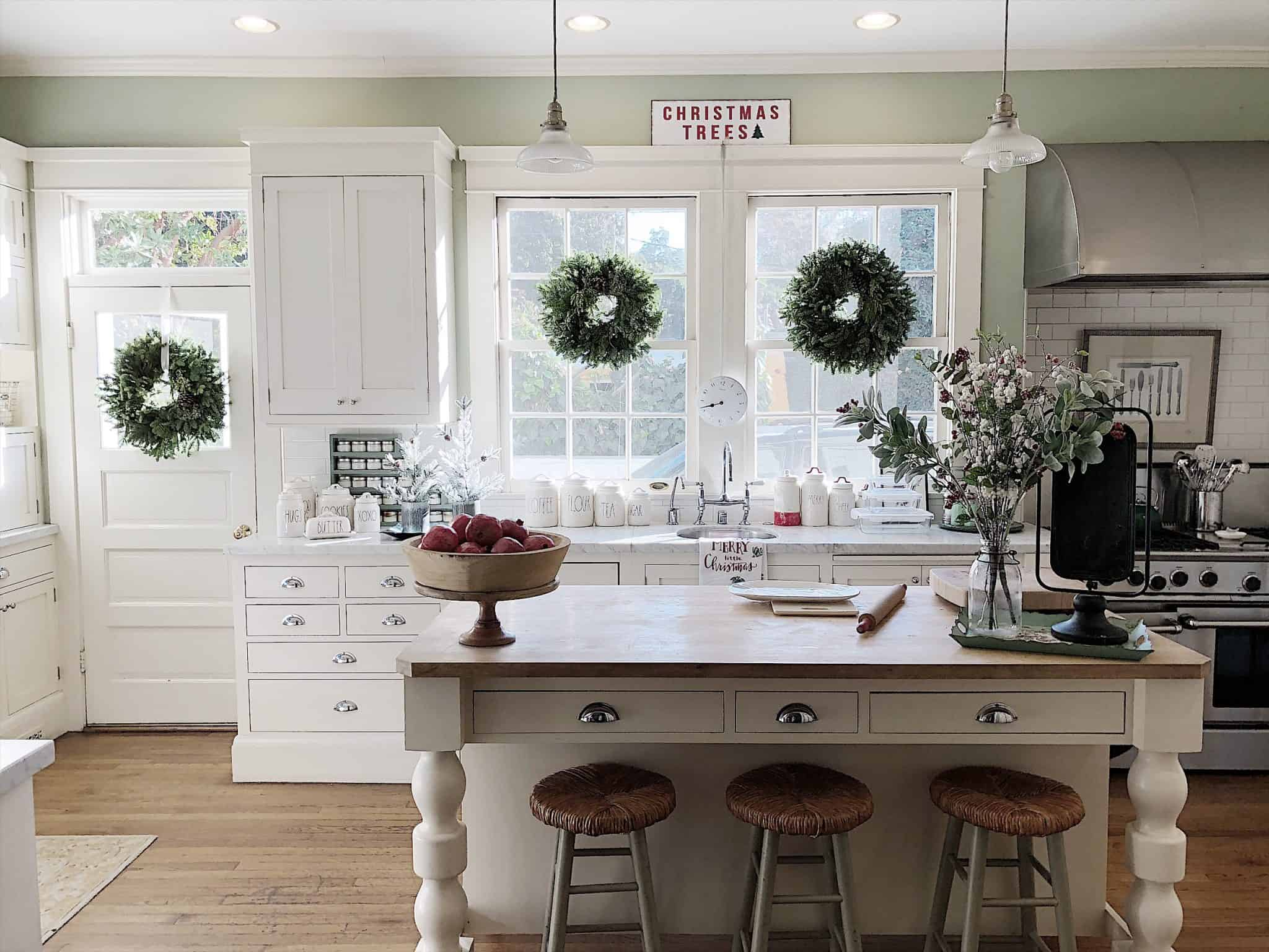 christmas decrated kitchen