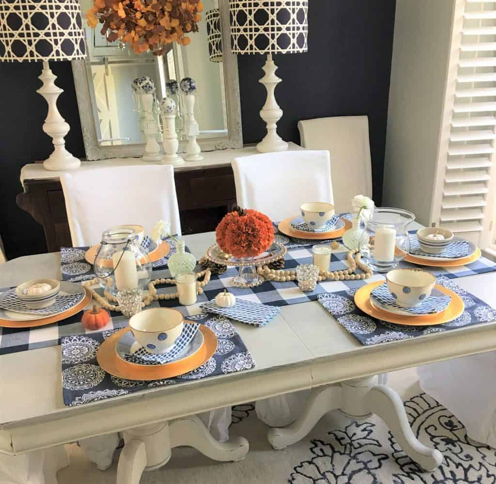 mix pattern thanksgiving table