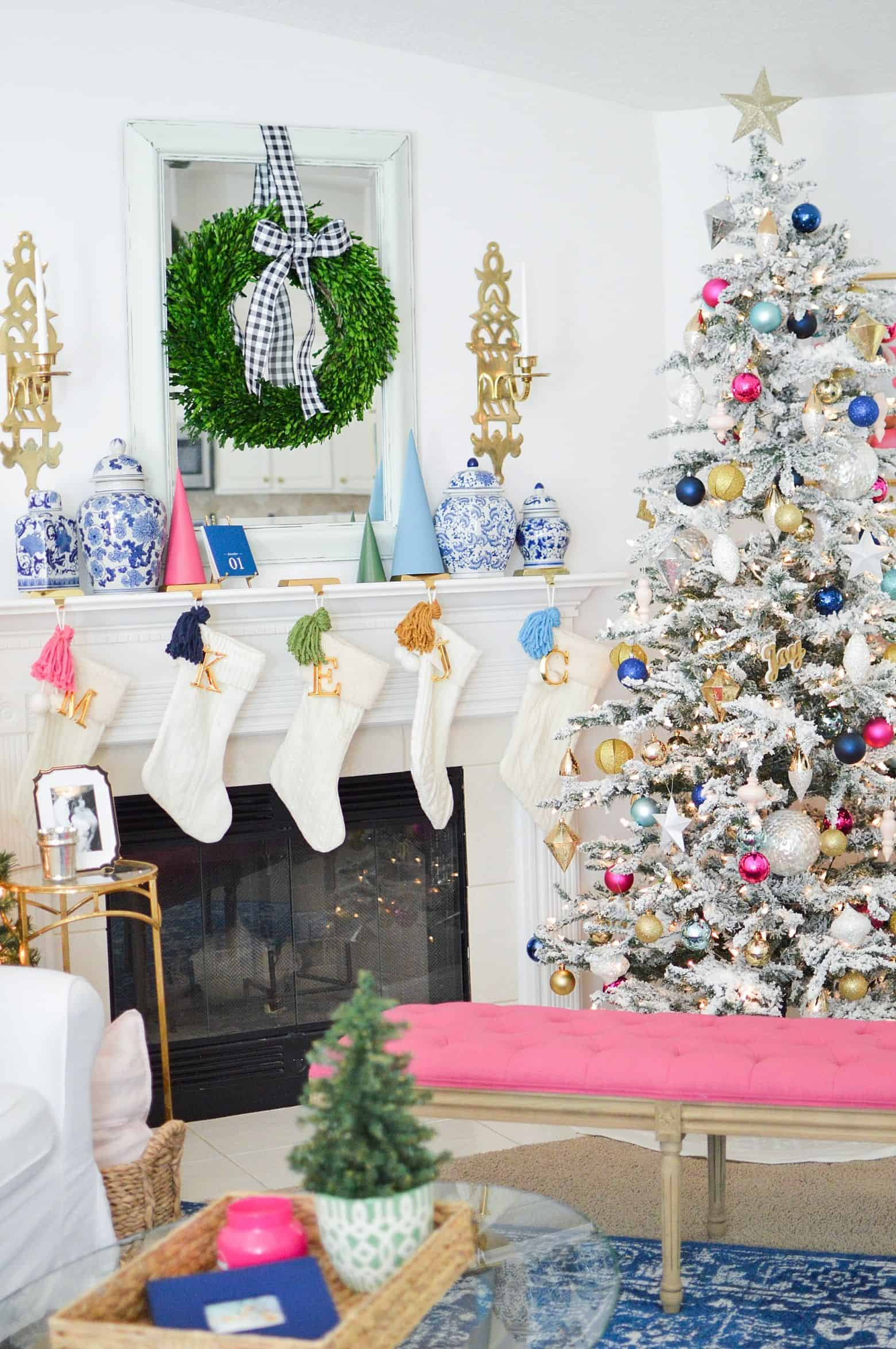 How To Decorate The Fireplace Mantel For Christmas