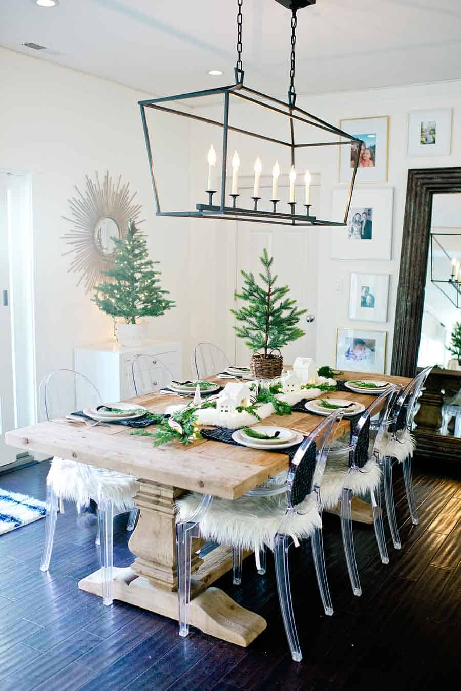 modern crutmas Enchanting Christmas Table Setting Ideas