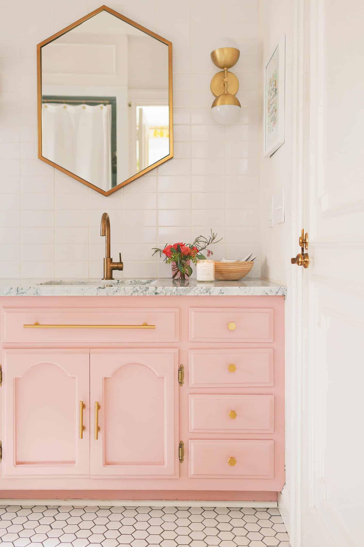 blush in the bathroo