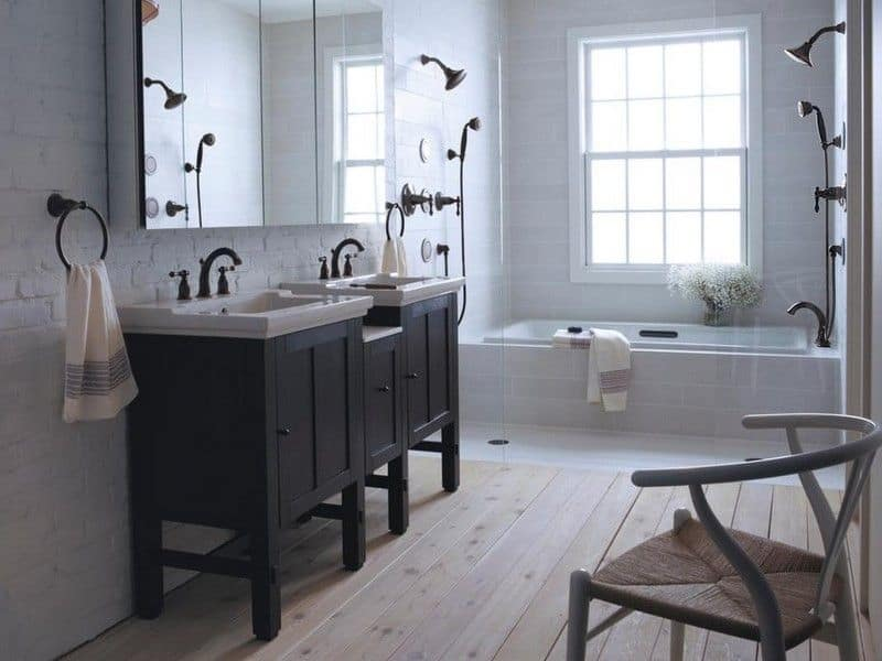 dark fixtures bathroom Bathroom trends for 2021 that will take your selfcare routine to the next level!