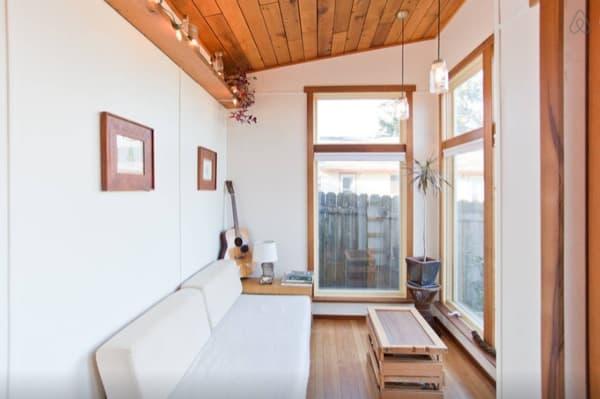 Rustic-Modern-Tiny-House-Portland-002