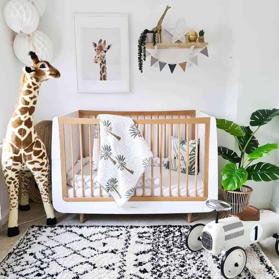 animal girl nursery