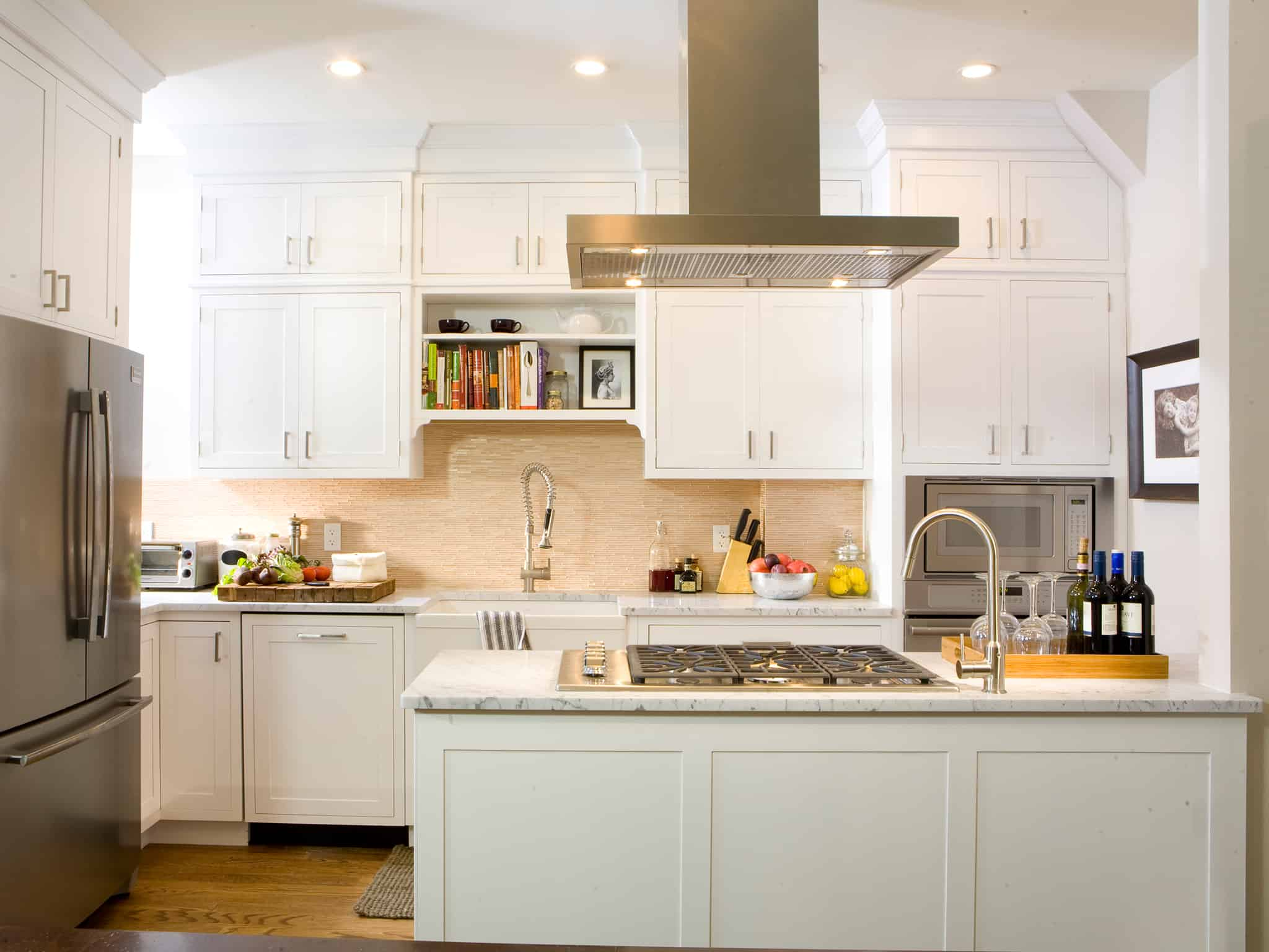37 bright white kitchens to emulate your own after for Kitchen designs big