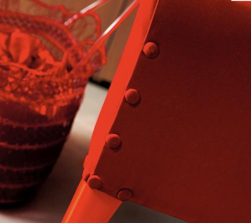megatizzi-buttoned-armchair-creazioni-3.jpg