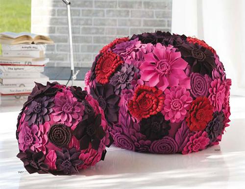 decorative poufs locanera 1 Decorative Poufs by LocaNera