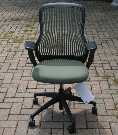 knoll regeneration chair 3