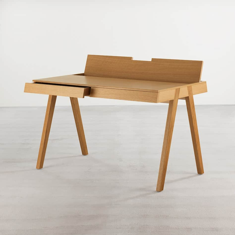Modern Office Desk: Design Chameleon Office Desk Is Both Mid-century And Modern