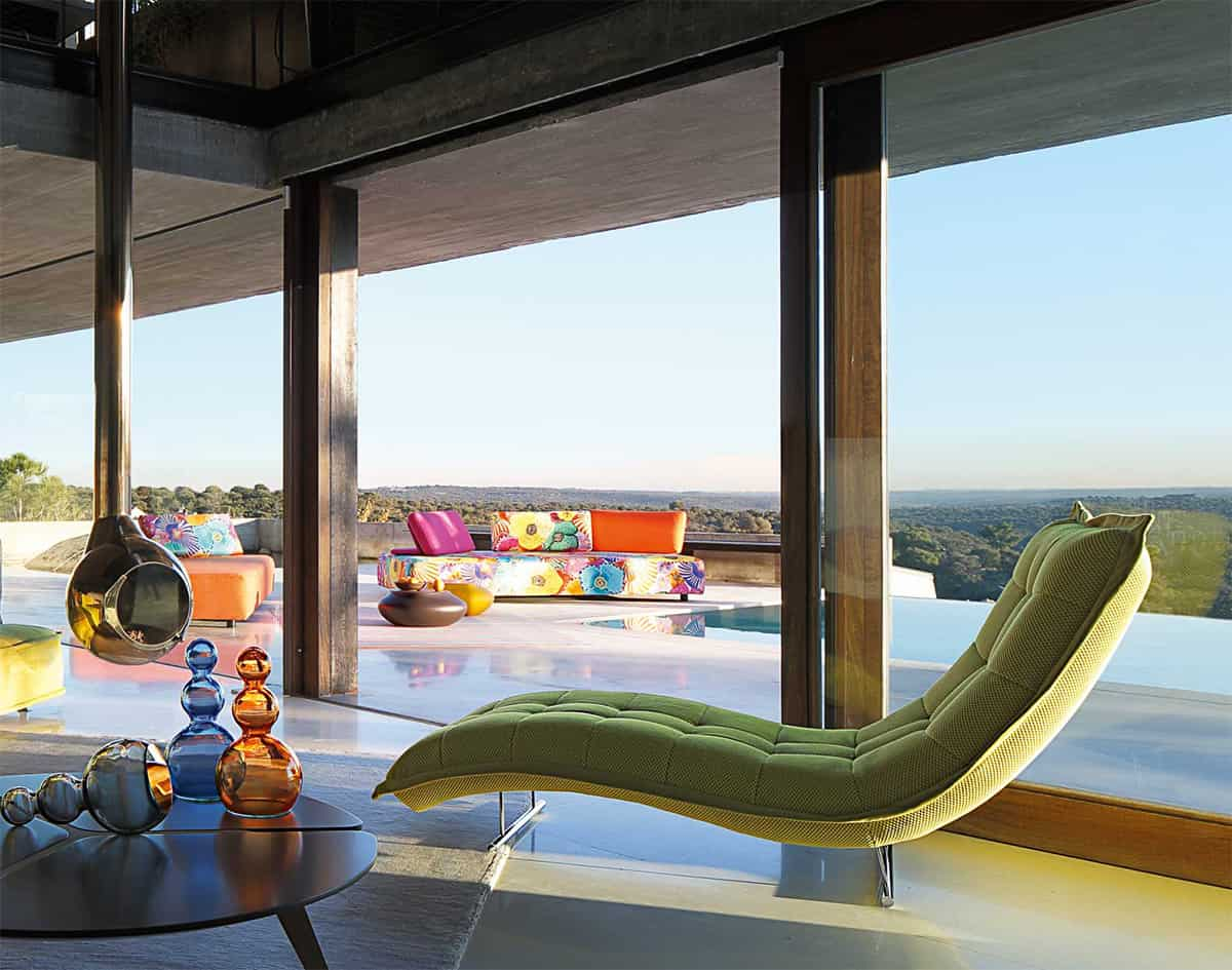 View In Gallery Sleek Modern Indoor Outdoor Escapade Sofa Roche Bobois 2  Thumb 630xauto 36330 Sleek And Modern Indoor