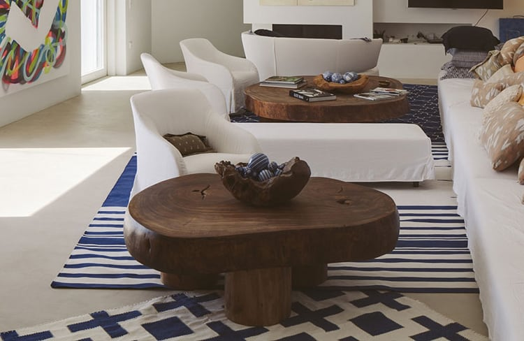 This Massive Coffee Table Makes the Space and is a DIY Idea