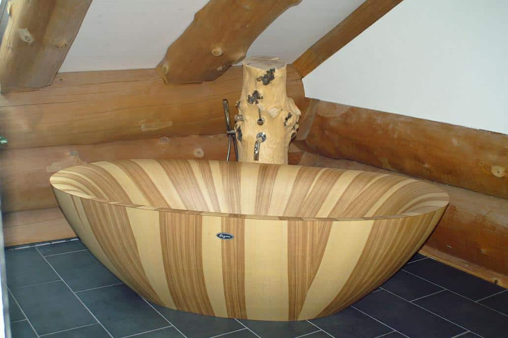 View In Gallery Solid Wood Bathtub Laguna Pearl Alegna Ash 5.
