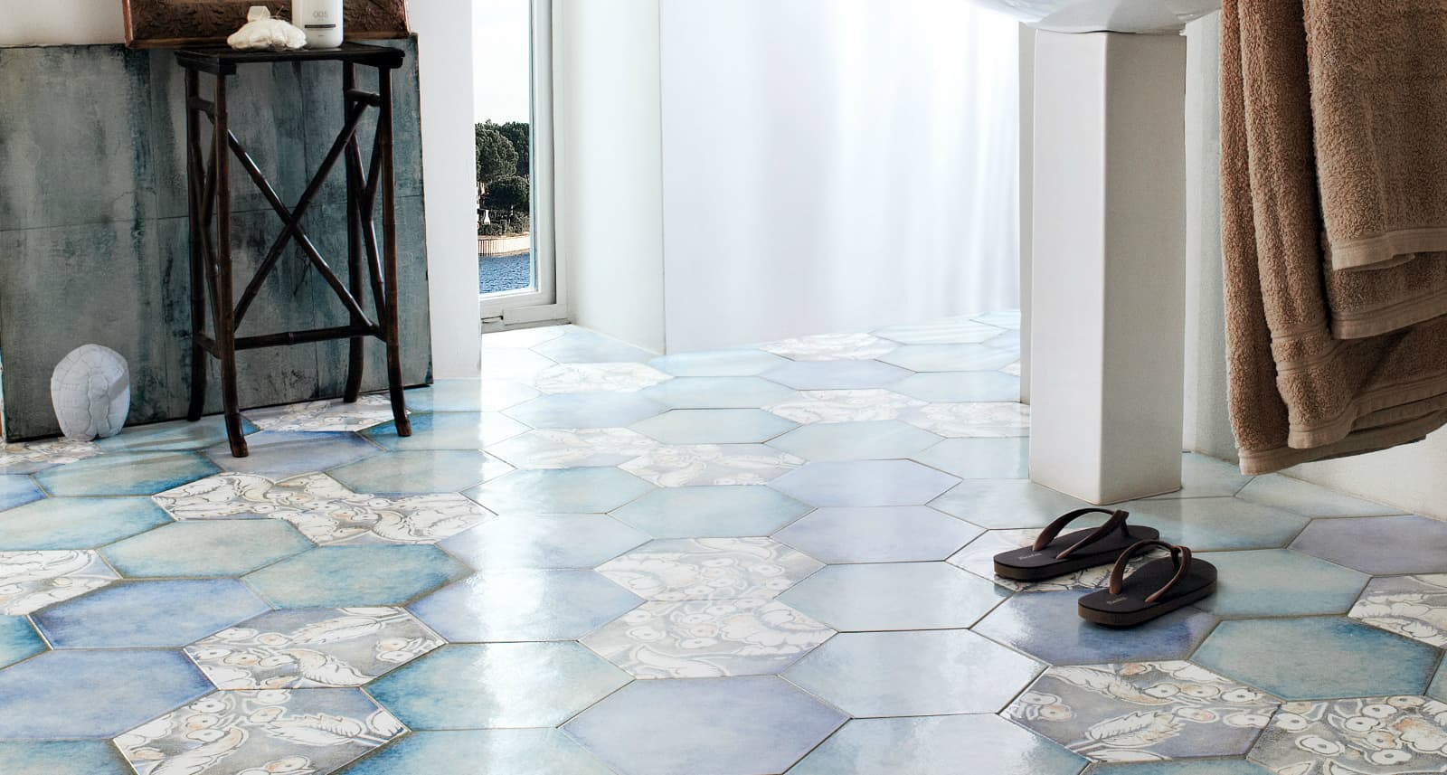 25 beautiful tile flooring ideas for living room kitchen and view in gallery hexagon floor tile lucia verso25g dailygadgetfo Images