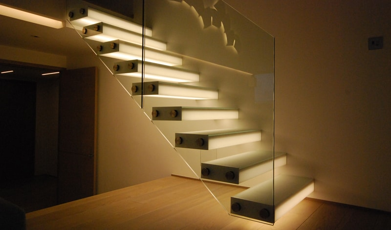 View In Gallery Unusual Unique Staircase Modern Home Diapo Glass Box